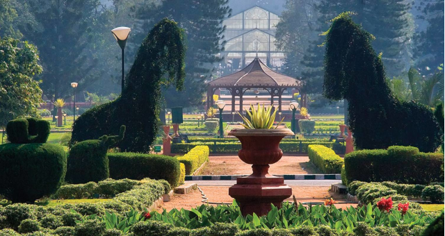 Lalbagh Bangalore ,Sightseeing cabs in Bangalore,Citylinecabs.com.cabsrental.in