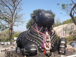 Bull Temple -Sightseeing cabs in Bangalore,Citylinecabs.com,cabsrental.in