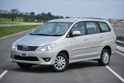 Innova car rental in Bangalore.Cabsrental.in