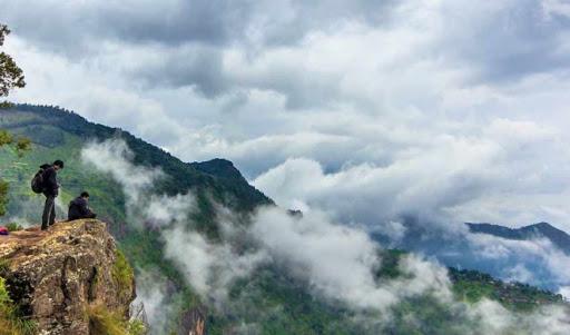Trekking in Karnataka ,Cabsrental.in