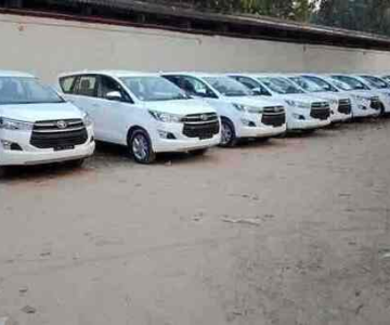Best Innova Crysta for rent with Driver in Bangalore.cabsrental
