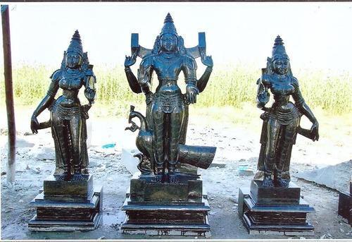 Stone Sculptures.Mysore City darshan Cab,cabsrental.in