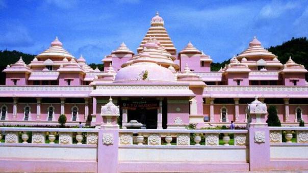 Sri Venkateswara Museum.Tirupati Darshan Cabs.cabsrental.in